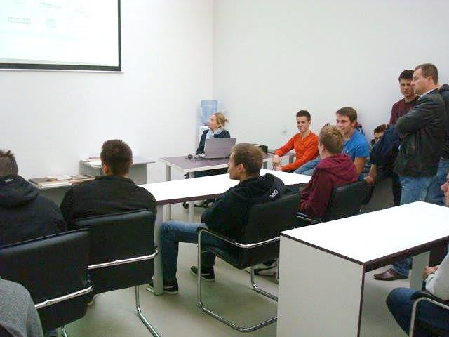 posjet-ucenika-sumarske-i-drvodjelske-skole-karlovac-2